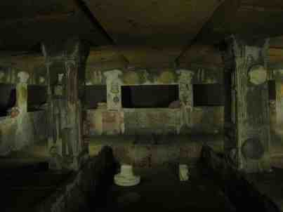 Inside a tomb: Etruscan decoration