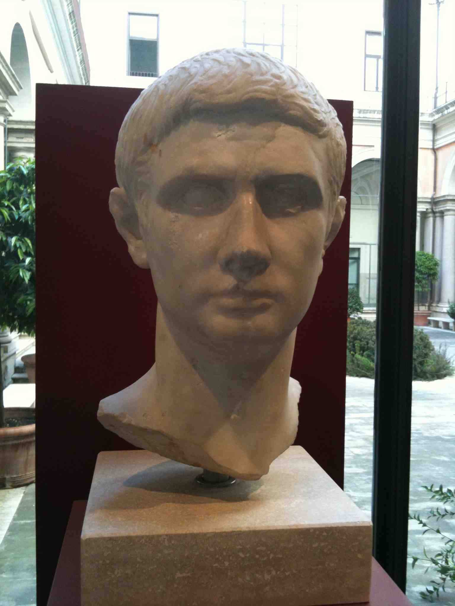 marcus brutus Learn whether or not julius caesar was really the father of his ultimate assassin, marcus junius brutus.