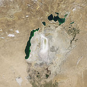 180px-Aral_Sea_Continues_to_Shrink,_August_2009